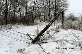 zlamane_slupy_energetyczne.jpg
