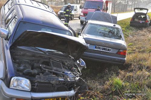 wypadek_gmina_ksiezpol_zderzenie_czterech_aut.JPG