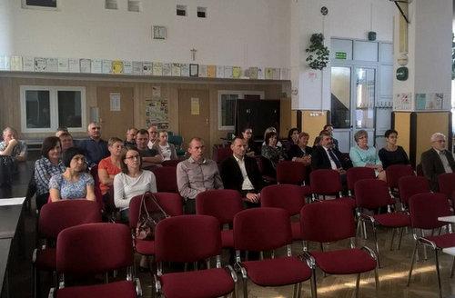 debata_spoleczna_frampol.jpg