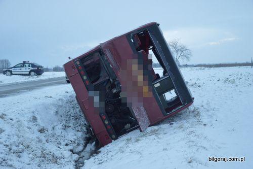 wypadek_autokaru_tarnogrod__1_.jpg