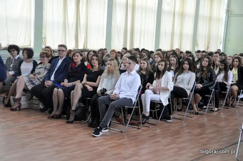 zakonczenie_roku_szkolnego_maturzystow.JPG