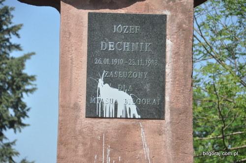 pomnik_jozefa_dechnika_bilgoraj__1_.JPG