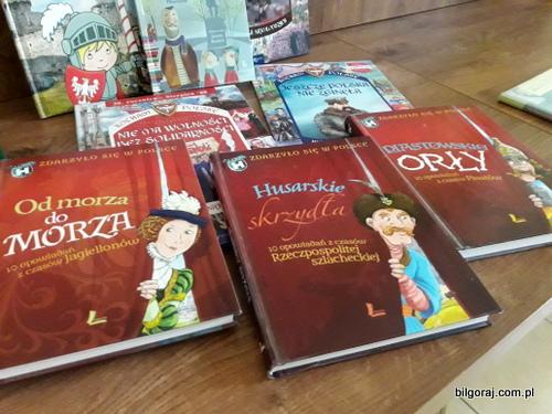 wakacje_w_bibliotece_bilgoraj.jpg