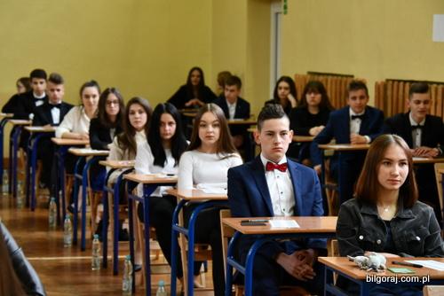 egzaminy_gimnazjlane_bilgoraj.JPG