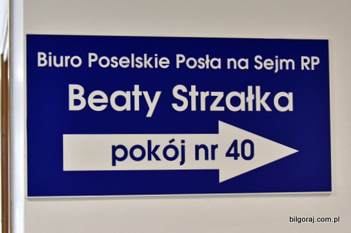 biuro_posel_beaty_strzalki.JPG